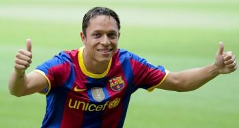 Адриано Коррея решил продлить контракт с «Барселоной» до 2017-го