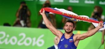 Борец Чакветадзе из России завоевал золото Рио-2016